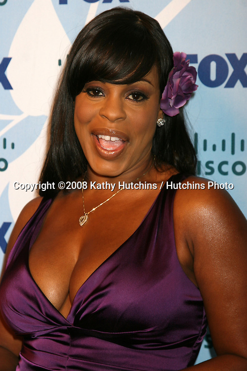 Niecy Nash arriving at the Fox ECO Casino Party at The London West Hollywood Hotel, in West Hollywood, CA on.September 8, 2008.©2008 Kathy Hutchins / Hutchins Photo....