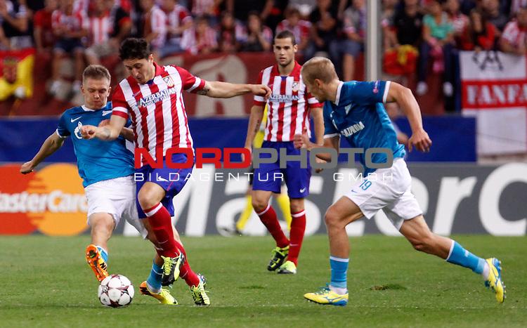 Atletico de Madrid's Cristian Cebolla Rodriguez (c) during Champions League 2013/2014 match.September 18,2013. Foto © nph / Victor Blanco)
