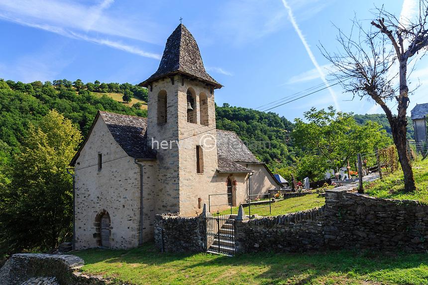 France, Aveyron (12), Senergues, Hameau de Saint-Sulpice, la chapelle de Saint Sulpice // France, Aveyron, Senergues, Saint Sulpice hamlet, chapel ofSaint Sulpice