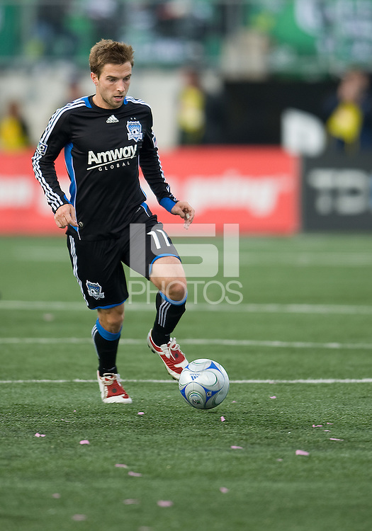 10 October 2009: San Jose Earthquakes midfielder Bobby Convey #11in action during MLS action at BMO Field Toronto in a game between San Jose Earthquakes and Toronto FC..The final score was 1-1. .
