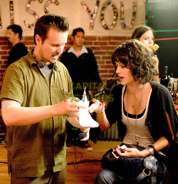 MATT REEVES (DIRECTOR) & LIZZY CAPLAN .on the set of Cloverfield.*Filmstill - Editorial Use Only*.CAP/FB.Supplied by Capital Pictures.