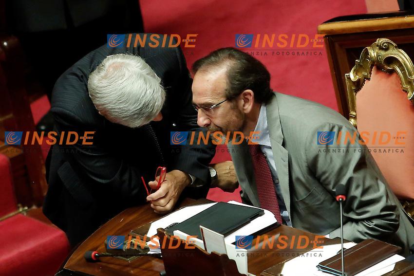 Hans Berger e Riccardo Nencini<br /> Roma 19-04-2016 Senato. Mozione di sfiducia al Governo da parte del Movimento 5 Stelle, della Lega Nord  di Forza Italia.<br /> Photo Samantha Zucchi Insidefoto