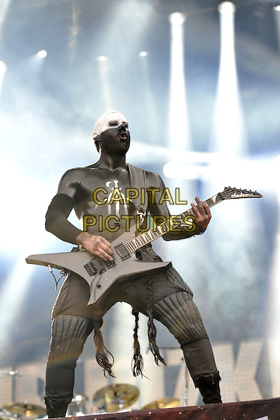 Limp Bizkit - Wes Borland.Performing at Sonisphere Festival, Knebworth House, England, UK..July 10th, 2011.stage concert live gig performance music full length black white guitar paint top.CAP/MAR.© Martin Harris/Capital Pictures.