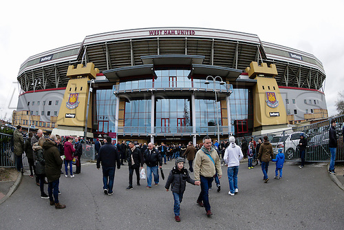 21.03.2015.  London, England. Barclays Premier League. West Ham versus Sunderland.  Fans arrive at the Boleyn Ground