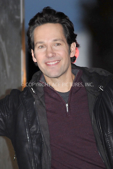WWW.ACEPIXS.COM . . . . . .November 18, 2010...New York City...Actor Paul Rudd filming Wanderlust on November 18, 2010  in New York City....Please byline: KRISTIN CALLAHAN - ACEPIXS.COM.. . .Ace Pictures, Inc: ..tel: (212) 243 8787 or (646) 769 0430..e-mail: info@acepixs.com..web: http://www.acepixs.com .