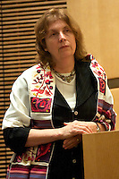 Anat Hoffman, Executive Director of the Israel Religious Action Center and chairwoman of Women of the Wall, speaking at Temple Beth Elohim Wellesly MA 4.12.13