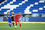 Zweikampf vor leeren Raengen: Dennis Geiger (Hoffenheim, l.) gegen Konrad Laimer (Leipzig, r.).<br /> <br /> Sport: Fussball: 1. Bundesliga: Saison 19/20: 31. Spieltag: TSG 1899 Hoffenheim - RB Leipzig, 12.06.2020<br /> <br /> Foto: Markus Gilliar/GES/POOL/PIX-Sportfotos
