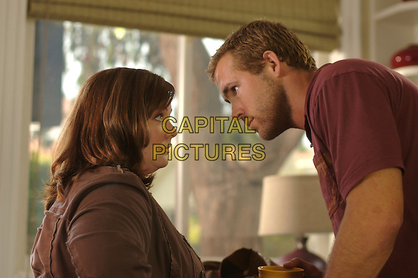 MELISSA McCARTHY & RYAN REYNOLDS.in The Nines .**Editorial Use Only**.CAP/FB.Supplied by Capital Pictures