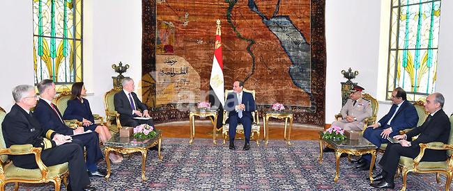 Egyptian President Abdel Fattah al-Sis welcomes US Defense Secretary James Mattis at the Ittihadiya presidential palace in Cairo on April 20, 2017. Photo by Egyptian President Office
