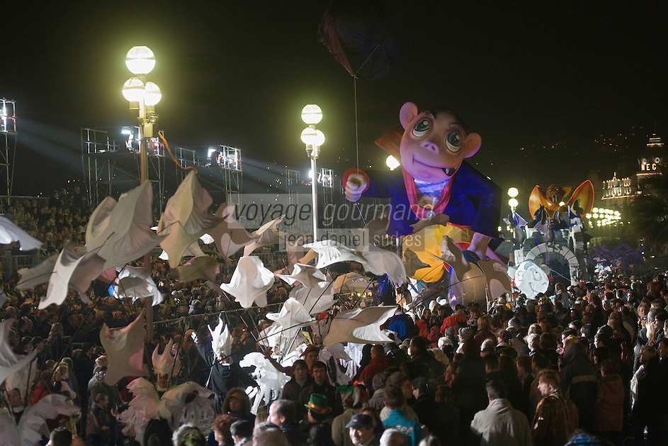 Europe/France/06/Alpes-Maritimes/Nice: Défilé Nocturne du Carnaval de Nice