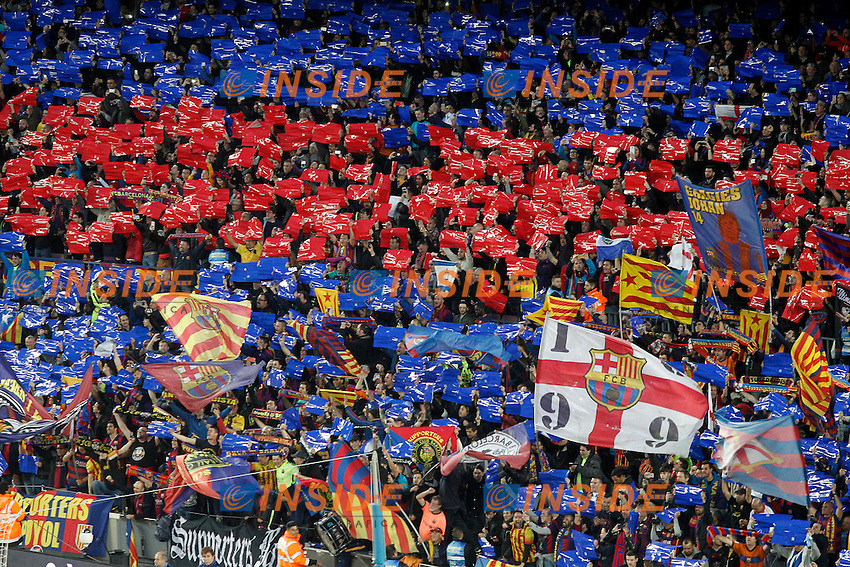 FC Barcelona's supporters during La Liga match. April 2,2016. (ALTERPHOTOS/Acero) <br /> Barcellona Camp Nou 02-04-2016 <br /> Football Calcio Barcellona - Real Madrid 1-2 <br /> La Liga Spagna<br /> Foto Alterphotos / Insidefoto