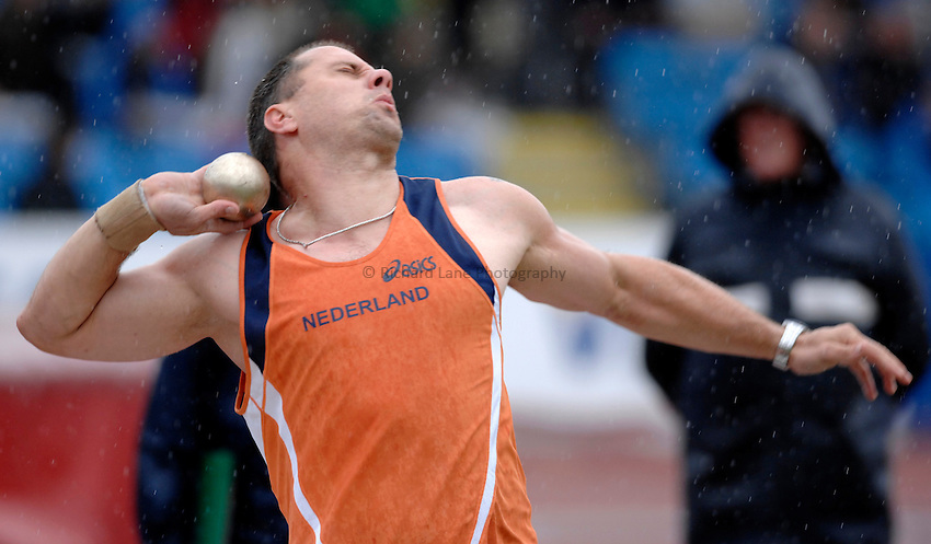 Photo: Richard Lane..VISA Paralympic World Cup 2007. Athletics. 13/05/2007. .Pieter Gruijters of Netherlands in the men's F52-58 shot put.