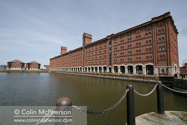 Regeneration and renovation in the centre of Liverpool as the city readies itself for being 2008 European Capital of Culture. Picture shows Waterloo Quay on the river Mersey.