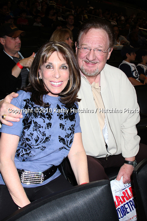 Kate Linder & Husband Ron Linder.at the Harlem Globetrotters Game .Staples Center.Los Angeles, CA.February 14, 2010.©2010 Kathy Hutchins / Hutchins Photo....