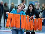 SCHIEDAM - NK reserveteams zaalhockey. Finale Tilburg D2-HDM D2 (1-3) . Brigitta Kellerman met de medailles.    COPYRIGHT KOEN SUYK