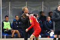 celebrate the goal, Torjubel zum 1:1 Ausgleich Dominik Drexler (Holstein Kiel) mit Trainer Markus Anfang (Holstein Kiel)- 28.10.2017: SV Darmstadt 98 vs. Holstein Kiel, Stadion am Boellenfalltor, 2. Bundesliga