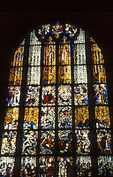 Nuremberg: St. Lorenz-Kirche. Stained glass window. 15th Century. Photo '87.