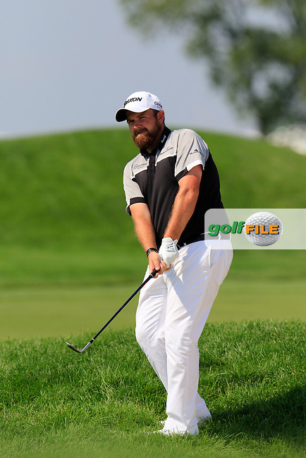 Shane Lowry (IRL) chips from the rough at the 4th green during Sunday's Final Round of the 2016 U.S. Open Championship held at Oakmont Country Club, Oakmont, Pittsburgh, Pennsylvania, United States of America. 19th June 2016.<br /> Picture: Eoin Clarke | Golffile<br /> <br /> <br /> All photos usage must carry mandatory copyright credit (&copy; Golffile | Eoin Clarke)