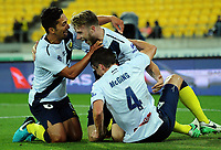 171125 A-League Football - Wellington Phoenix v Central Coast Mariners