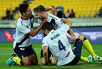 171125 A-League Football - Wellington Phoenix v Central Coast Mariners