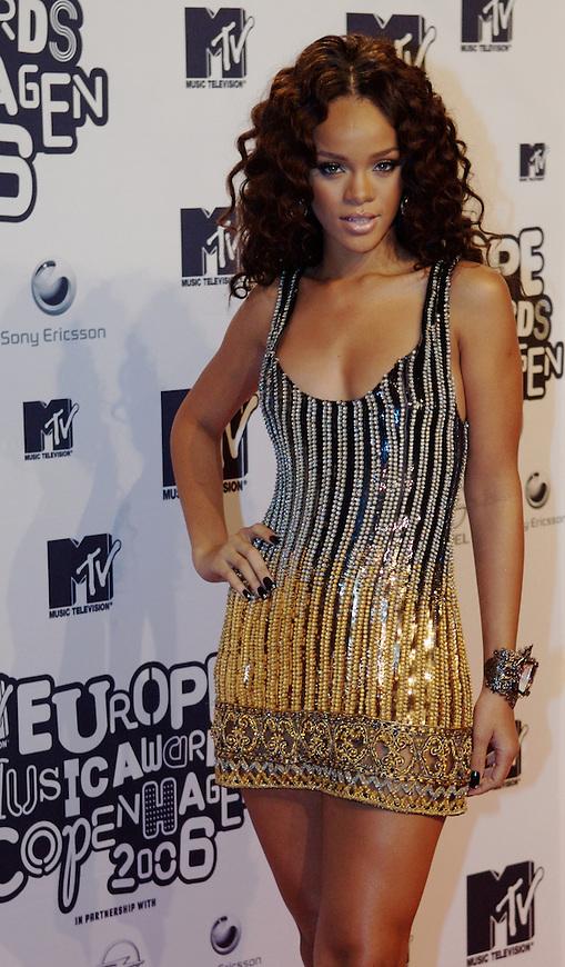 København, 20061102. MTV Europe Music Awards. Red Carpet. Rihanna.
