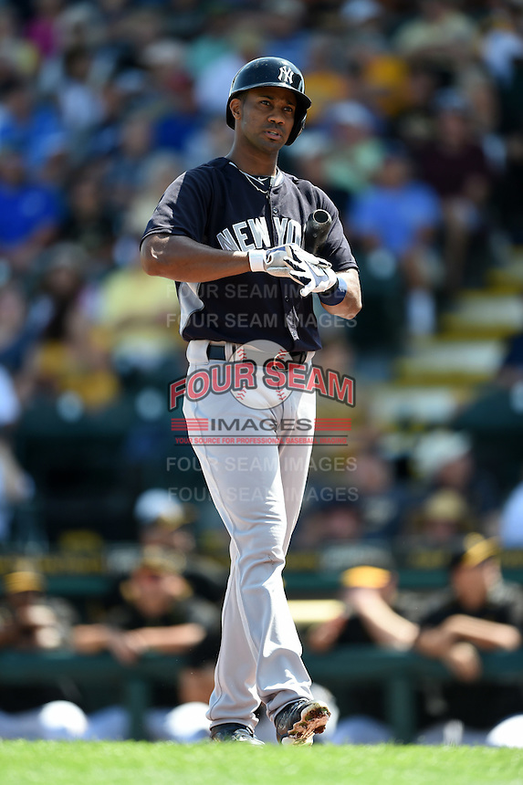 New York Yankees outfielder Chris Young (24) during a Spring Training game against the Pittsburgh Pirates on March 5, 2015 at McKechnie Field in Bradenton, Florida.  New York defeated Pittsburgh 2-1.  (Mike Janes/Four Seam Images)