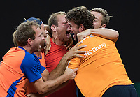 The Hague, The Netherlands, September 17, 2017,  Sportcampus , Davis Cup Netherlands - Chech Republic, Fifth match : They did it !! The Dutch team celebrates after defeating the Chech Republic after being down 0-2 on friday, Ltr: Matwe Middelkoop Jean-Julien Rojer, Thiemo de Bakker, Robon Haase and Tallon Griekspoor<br /> Photo: Tennisimages/Henk Koster