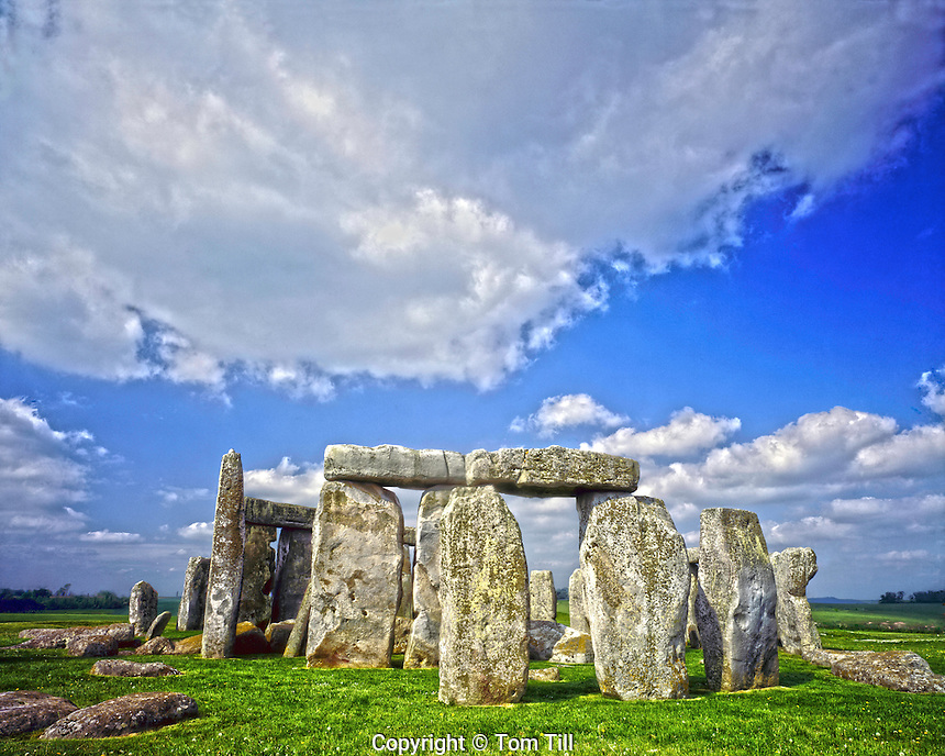 Stonehenge, England, UK, Europe's most famous rehistoric site, Stone circle on Salisbury Plain, Constructed 2800 B.C. May