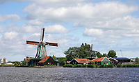 Nederland - Zaanstad  Zaanse Schans - 2020 . Molens aan de Zaan. Foto Berlinda van Dam / Hollandse Hoogte
