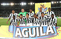 BOGOTA - COLOMBIA - 14-09-2015: Formacion  del Atletico Nacional  contra el Deportes Tolima  durante partido  por la fecha 12 de la Liga Aguila II 2015 jugado en el estadio Nemesio Camacho El Campin. / Team of Atletico Nacional   against  of Deportes Tolima  during a match for the twelve date of the Liga Aguila II 2015 played at Nemesio Camacho El Campin stadium in Bogota city. Photo: VizzorImage / Felipe Caicedo / Staff.