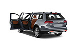 Car images close up view of a 2018 Volkswagen Golf Alltrack TSI SEL 4Motion DSG 5 Door Wagon doors