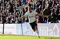 Harry Kane of Tottenham Hotspur celebrates scoring the opening goal during Crystal Palace vs Tottenham Hotspur, Premier League Football at Selhurst Park on 25th February 2018