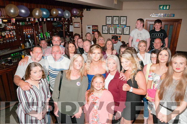 40th Birthday: Liz O'Rourke, Ballybunion , celebrating her 40th birthday with family & friends at Lowes Barl  Ballyduff on Saturaday night last.