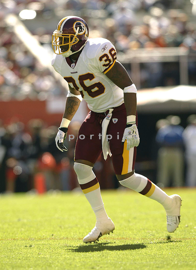 Sean Taylor during the Redskins v. Browns game on October 3, 2004. Browns win 17 - 13..Kevin Tanaka / SportPics