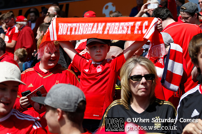 Nottingham Forest 3 Ipswich Town 0, 07/05/2017. City Ground, Championship. Thoughts turn to scores elsewhere as the clock ticks over 90 minutes during the game between Nottingham Forest v Ipswich Town at the City Ground Nottingham in the SkyBet Championship. Photo by Paul Thompson.