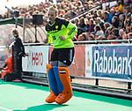 ROTTERDAM - /warming up keeper Kiki Gunneman (Ned) , die haar debuut maakt  tijdens de Pro League hockeywedstrijd dames, Nederland-USA  (7-1) .   COPYRIGHT  KOEN SUYK