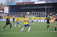 VOETBAL: LEEUWARDEN: 08-11-2015, SC Cambuur - FC Groningen, uitslag 2-2, Martijn Barto (#9) aan de bal, ©foto Martin de Jong
