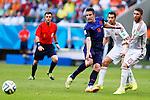 Robin van Persie (NED), Sergio Ramos (ESP), JUNE 13, 2014 - Football / Soccer : FIFA World Cup Brazil 2014 Group B match between Spain 1-5 Netherlands at Arena Fonte Nova in Salvador, Brazil. (Photo by D.Nakashima/AFLO)