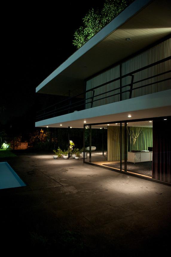 Cocktain in honor of architect Zaha Hadid at the home of Soumaya Slim and Fernando Romero.  Virreyes, Las Lomas, Mexico City