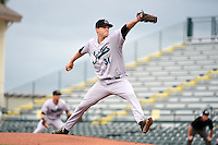 Jupiter Hammerheads pitcher Scott Lyman (31) delivers a pitch during a game against the Bradenton Marauders on April 17, 2014 at McKechnie Field in Bradenton, Florida.  Bradenton defeated Jupiter 2-1.  (Mike Janes/Four Seam Images)