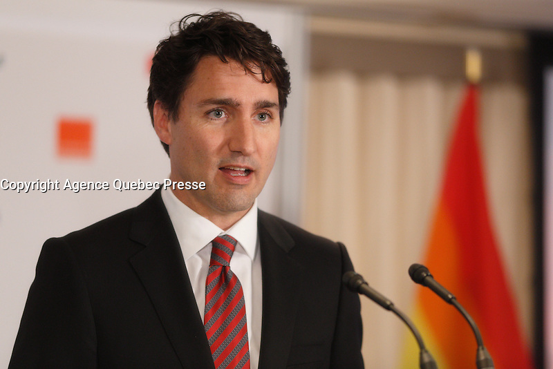 le premier ministre Justin Trudeau  prononce une allocution &agrave; l&rsquo;occasion de la c&eacute;r&eacute;monie de remise du prix Laurent-McCutcheon de la fondation emergence, lundi le 11 mai 2016.<br /> <br /> <br /> The Prime Minister Justin Trudeau deliver remarks at the Laurent-McCutcheon Award Ceremony, Monday May 16, 2016,<br /> <br /> PHOTO :  Agence Quebec Presse