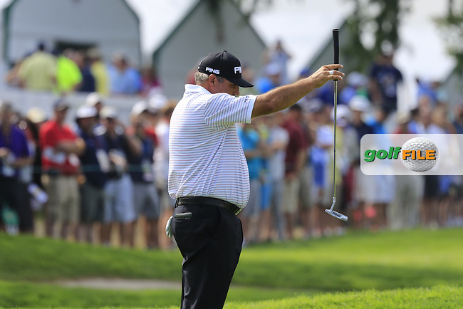 Angel Cabrera (ARG) lines up his putt on the 3rd green during Friday's Round 1 of the 2016 U.S. Open Championship held at Oakmont Country Club, Oakmont, Pittsburgh, Pennsylvania, United States of America. 17th June 2016.<br /> Picture: Eoin Clarke | Golffile<br /> <br /> <br /> All photos usage must carry mandatory copyright credit (&copy; Golffile | Eoin Clarke)