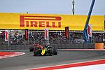 01.11.2019, Circuit of The Americas, Austin, FORMULA 1 EMIRATES UNITED STATES GRAND PRIX 2019<br /> ,im Bild<br />Daniel Ricciardo (AUS#3), Renault F1 Team, Sebastian Vettel (GER#5), Scuderia Ferrari Mission Winnow<br /> <br /> Foto © nordphoto / Bratic