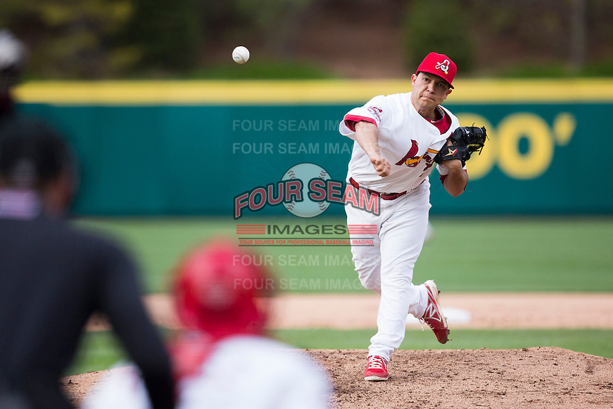 Richard Castillo #33 of the Springfield Cardinals delivers a pitch during a game against the Tulsa Drillers at Hammons Field on May 4, 2013 in Springfield, Missouri. (David Welker/Four Seam Images)