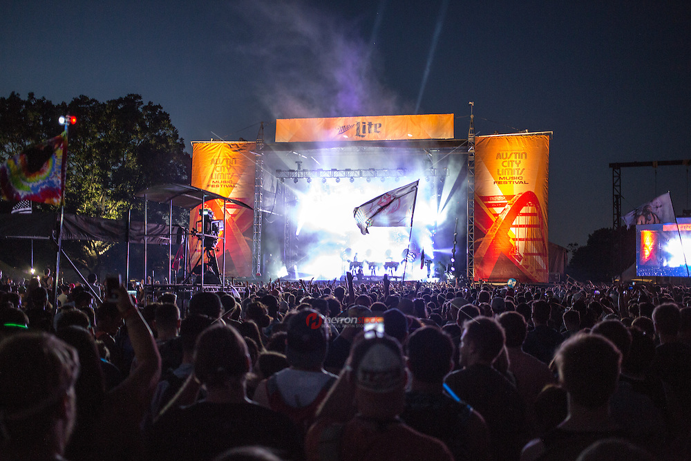 Austin, Texas - October 12: Thousands of concert goers are entranced by the music during the ACL Austin City Limits outdoor music festival.<br /> <br /> Release Information: Editorial Use Only.<br /> Use of this image in advertising or for promotional purposes is prohibited.