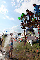 Splash activity Photo: Florian Brandl / Scouterna