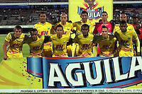 CUCUTA -COLOMBIA, 20-08-2015: Jugadores de Atlético Huila posan para una foto previo al encuentro con Cúcuta Deportivo por la fecha 7 de la Liga Aguila II 2015 disputado en el estadio General Santander de la ciudad de Cúcuta./ Players of Atletico Huila pose to a photo prior the match against Cucuta Deportivo for the 7th  date of the Aguila League II 2015 played at General Santander stadium in Cucuta city. Photo: VizzorImage / Manuel Hernandez /