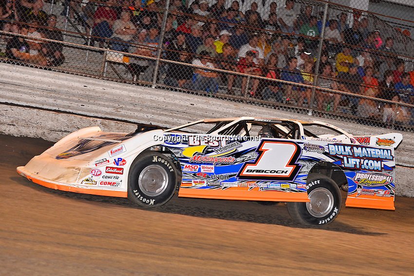 Feb 20, 2014; 7:04:03 PM;  Barberville, FL, USA;  World of Outlaws Late Model Series for 43rd Annual DIRTcar Nationals presented by Summit Racing Equipment at Volusia Speedway Park.  Mandatory Credit: (thesportswire.net)