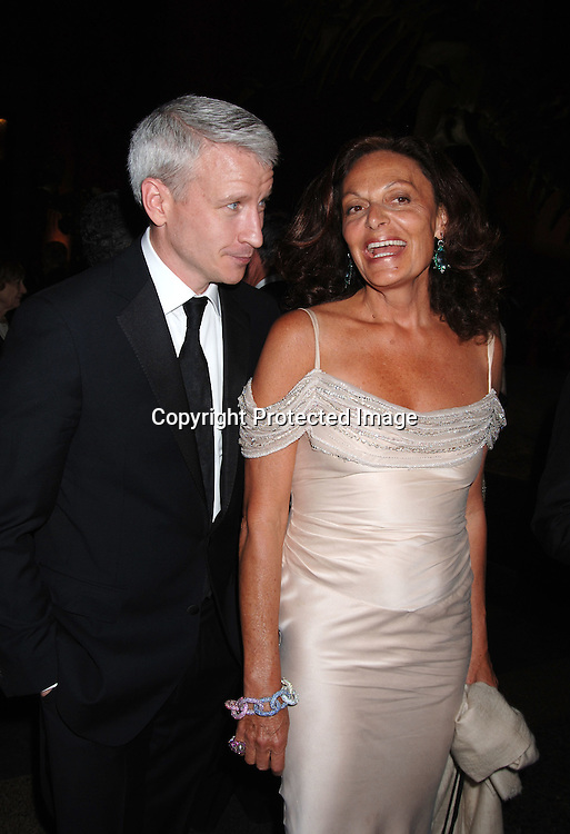 Anderson Cooper and Diane Von Furstenberg ..at The Pen American Center's 2006 Literary Gala on ..April 18, 2006 at The American Museum of Natural History. ..Robin Platzer, Twin Images