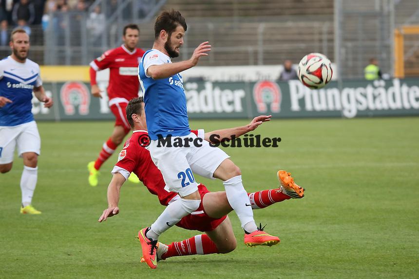 Marcel Heller (SV 98) setzt sich durch - SV Darmstadt 98 vs. FSV Frankfurt, Stadion am Boellenfalltor